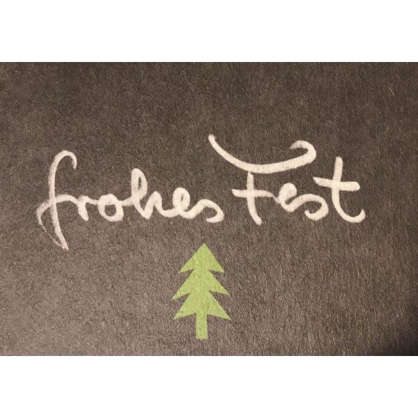 """""""Frohes Fest"""" Matte mit grünem Weihachtsbaum"""