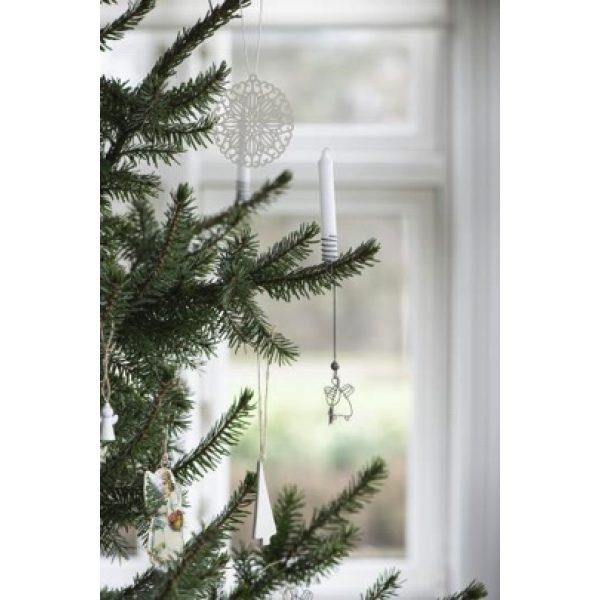Weiße Kerze auf Weihnachtsbaum